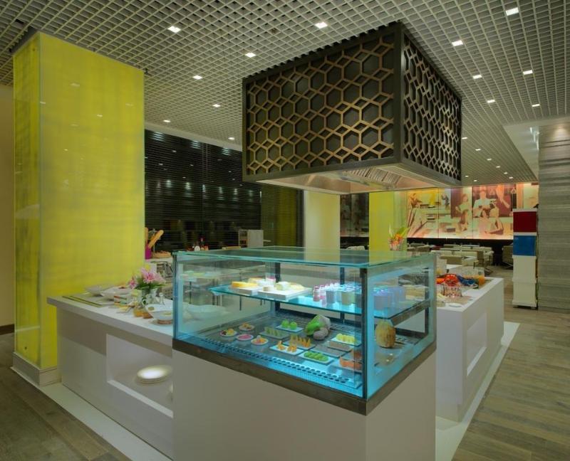 Restaurant Zone By The Park, Gurugram Central