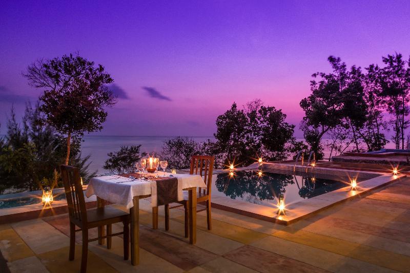 Pool Moja Tuu The Luxury Villas & Nature Retreat