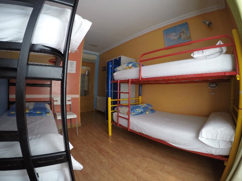 Room Hostel Rc Miguel Angel