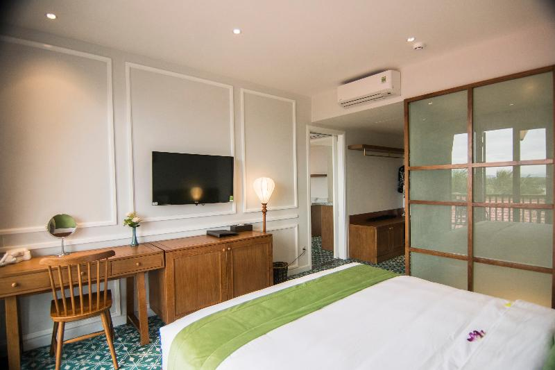 Room Vinh Hung Old Town Hotel