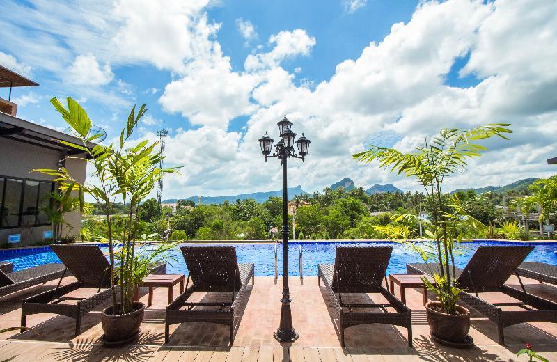 Pool Phu Dahla Residences