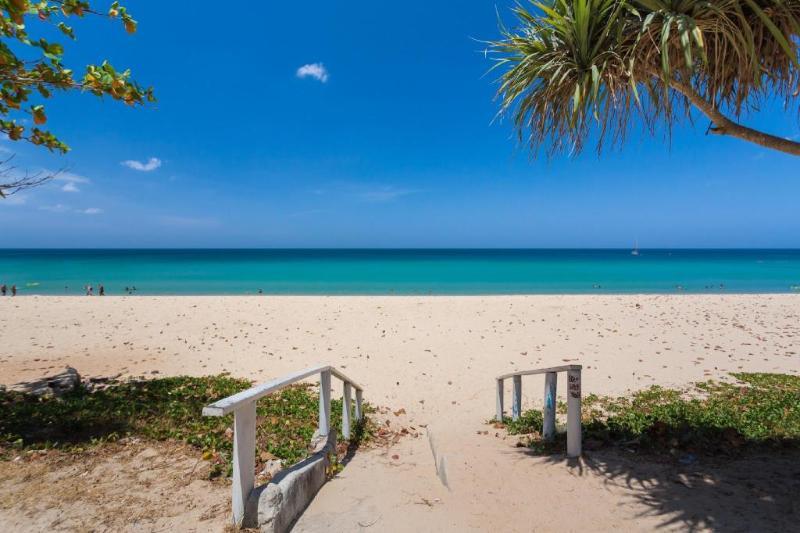 Beach Park Surin