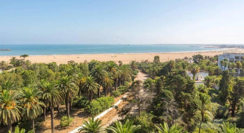 Beach Hotel Du Golf