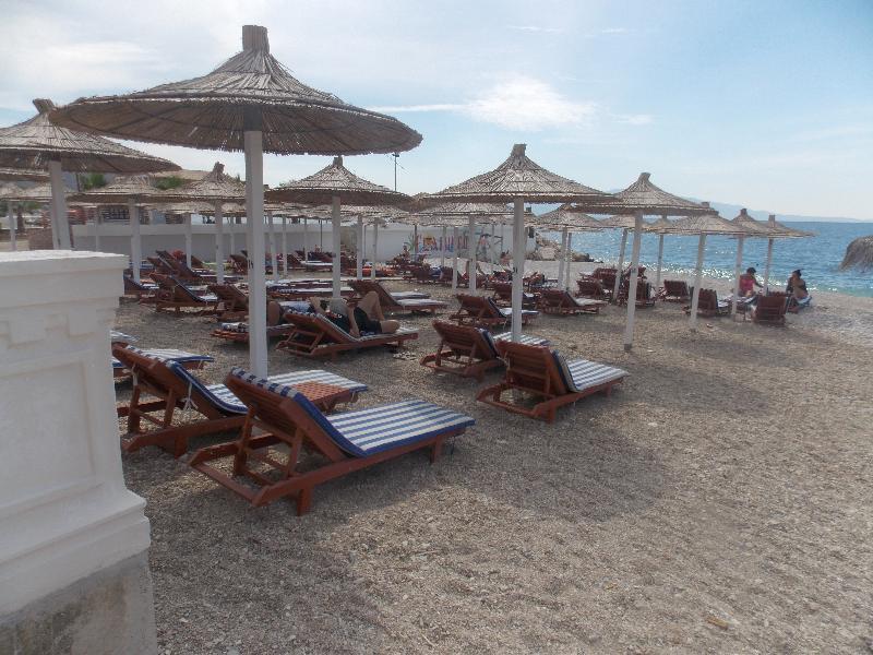 Beach Hotel Bora Bora
