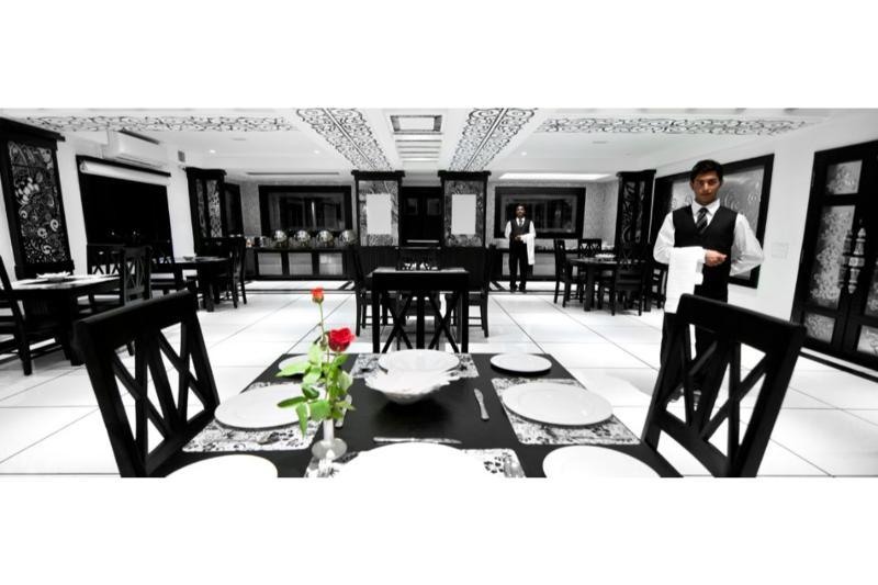 Restaurant Liwa Hotel, Bangalore