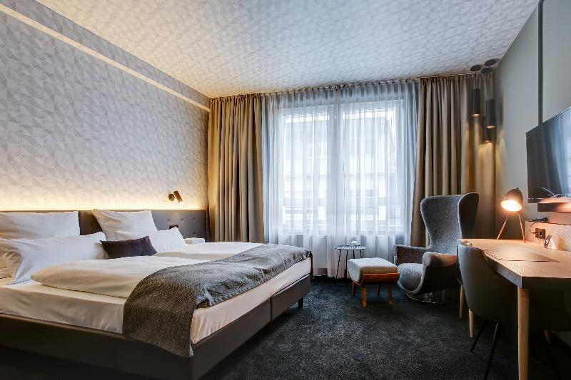 Room Boutique 102 Dortmund City