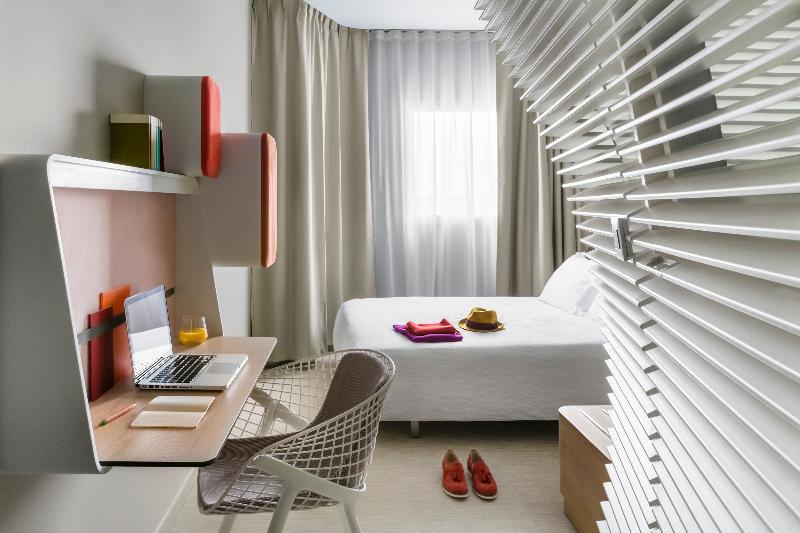 Room Okko Hotels Bayonne Centre