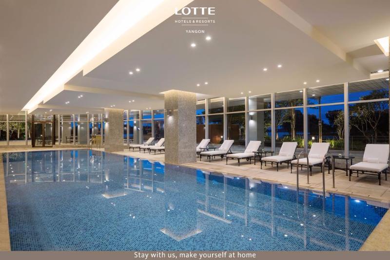 Pool Lotte Hotel Yangon