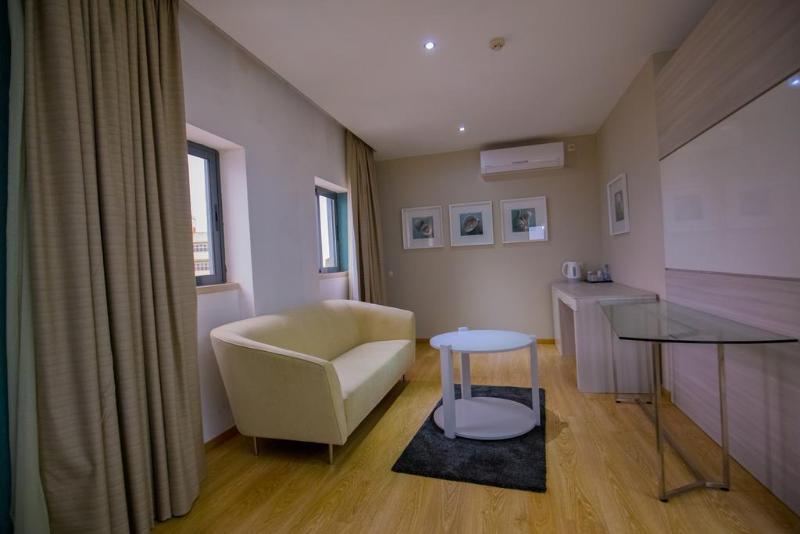 Room Hotel Maputo