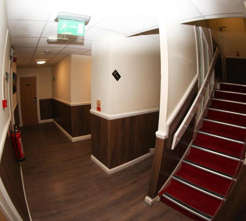 9A Craven Road Hotel