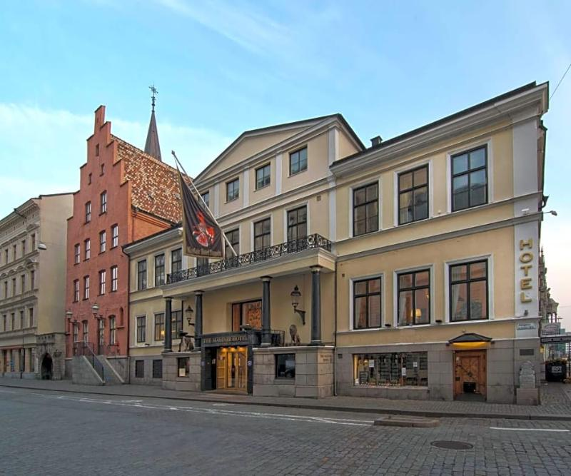MAYFAIR HOTEL TUNNELN