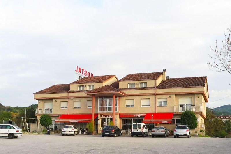 Hostal-Restaurante o Mirador