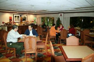 Book Hampton Inn Atlanta - image 8