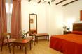 Room Bodega Real