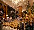 Lobby Royal Pacific Hotel And Towers