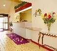 Lobby Sleep Inn (columbia)