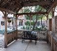 Terrace Courtyard Phoenix West - Avondale