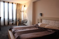 Room Cosmopolitan