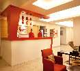 Lobby Red Fox Hotel East Delhi