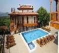 Pool Azmakhan