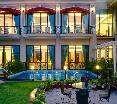 Pool Welcom Bella Vista Chandigarh Hotel