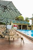 Pool Sunlodge Hotel