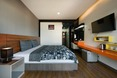 Room The Loft Seaside Sriracha