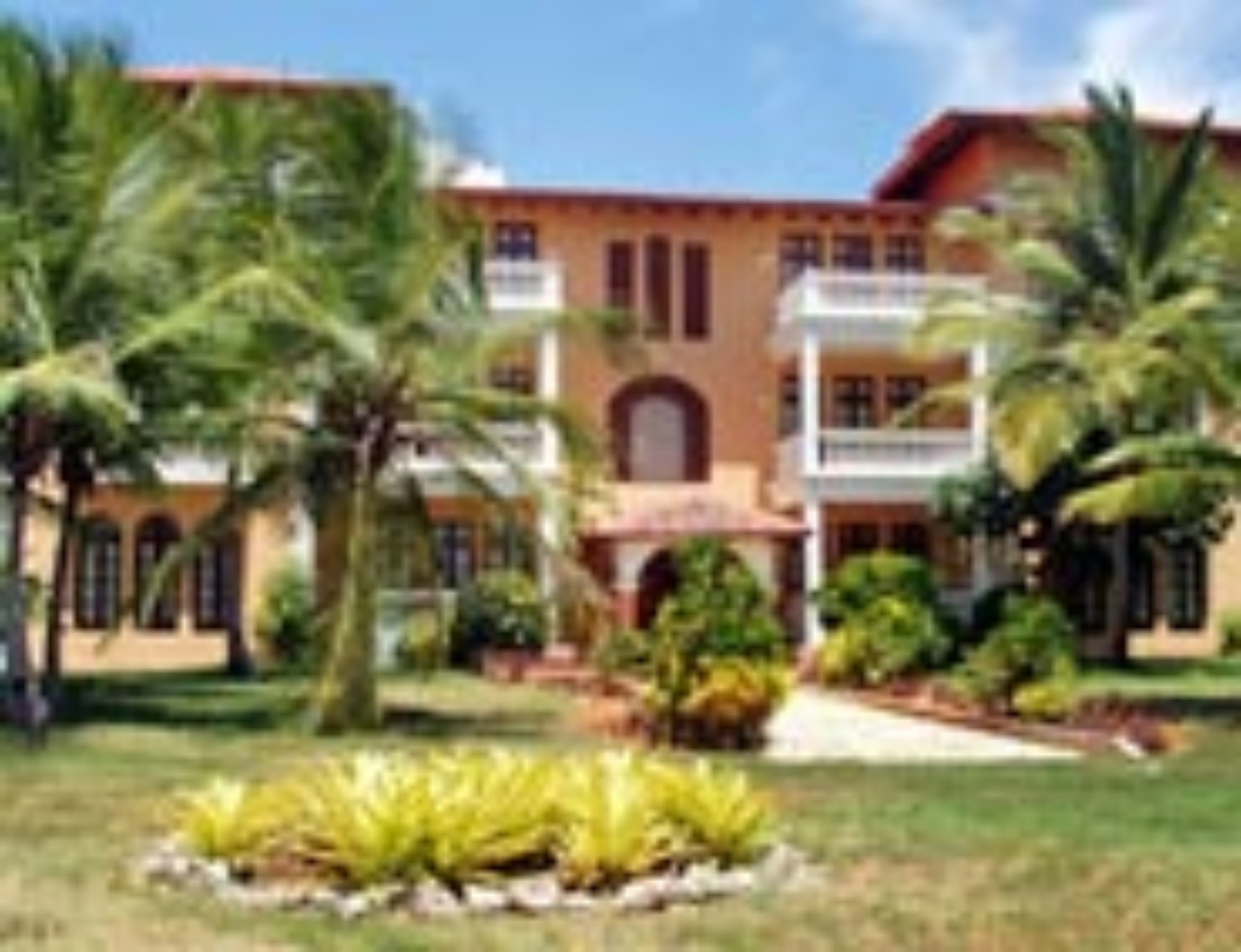 Reina Cumayasa Beach & Suites , Villa Hermosa