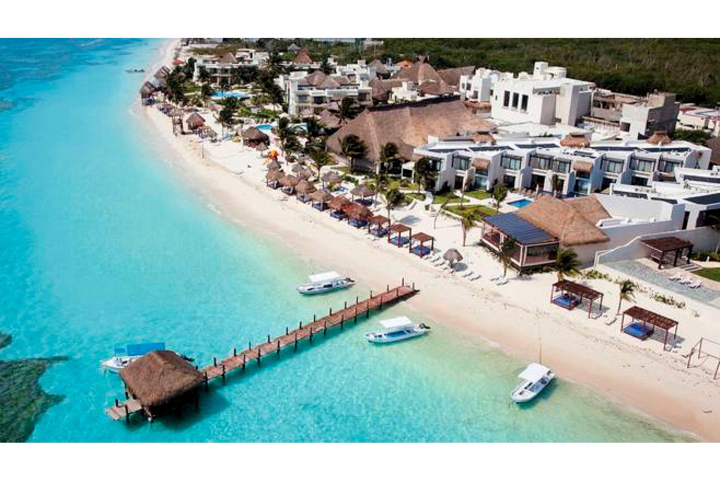 Azul Beach Resort Riviera Maya,by Karisma, Benito Juárez