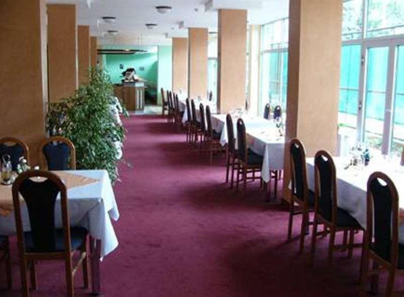 Club, Bratislava II