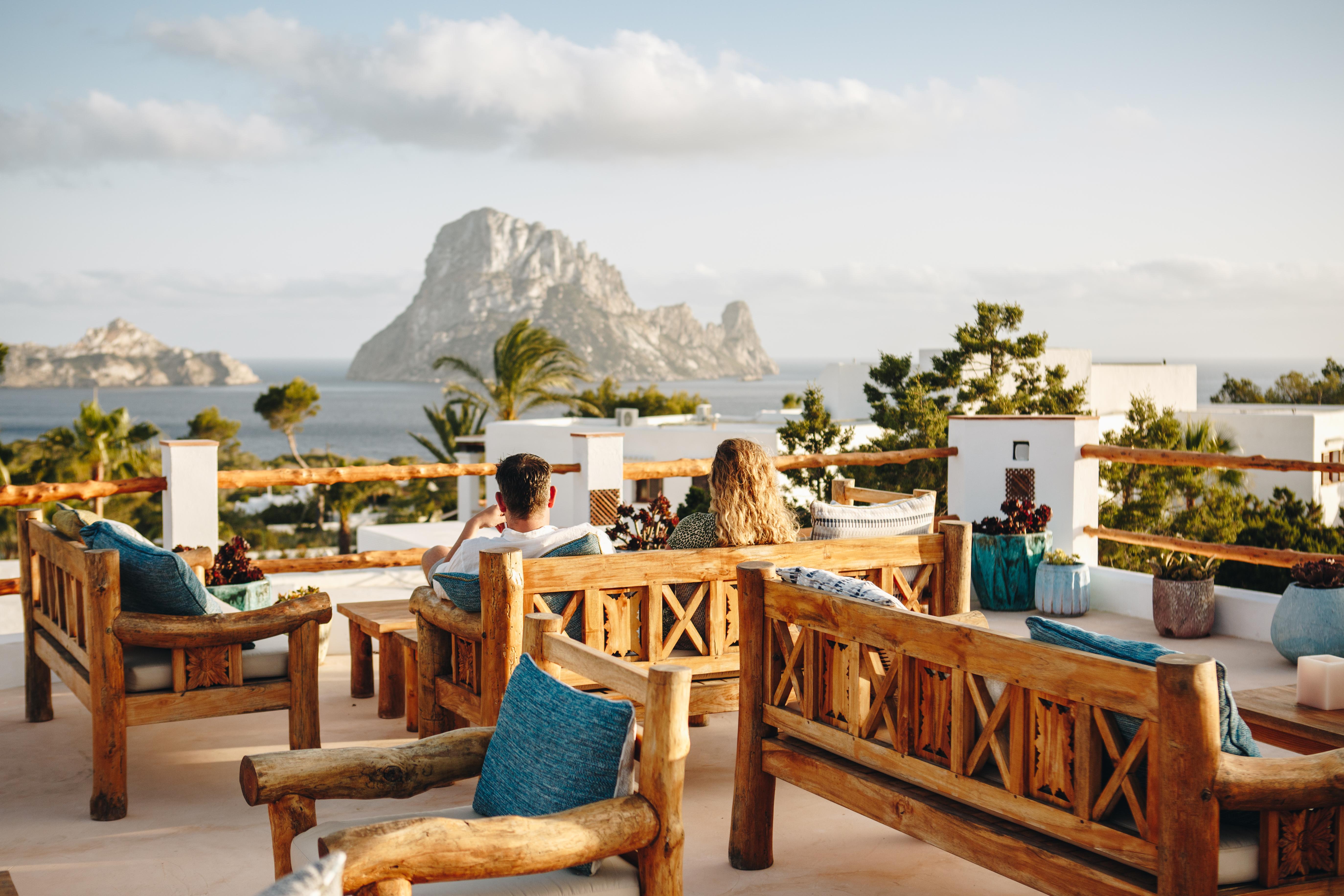 Petunia Ibiza, Baleares