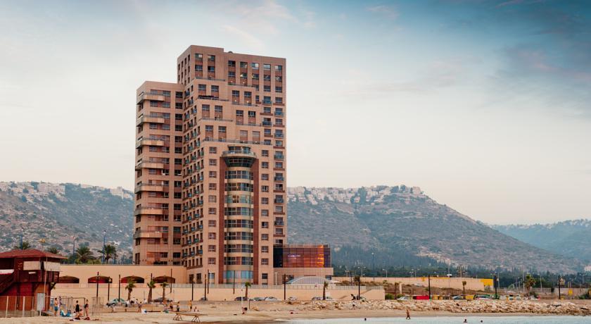 Leonardo Plaza Haifa by the beach,