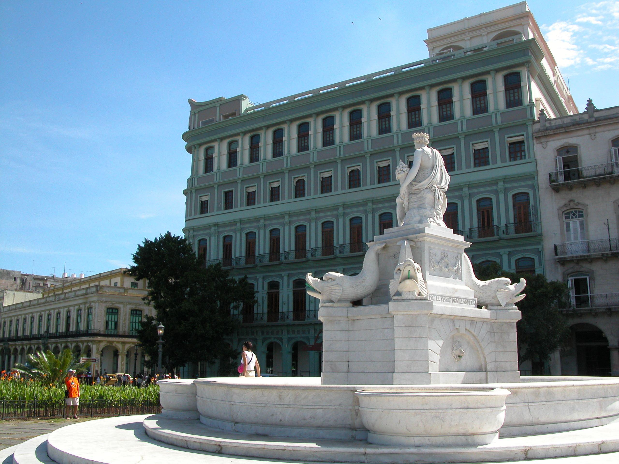 Saratoga, Centro Habana