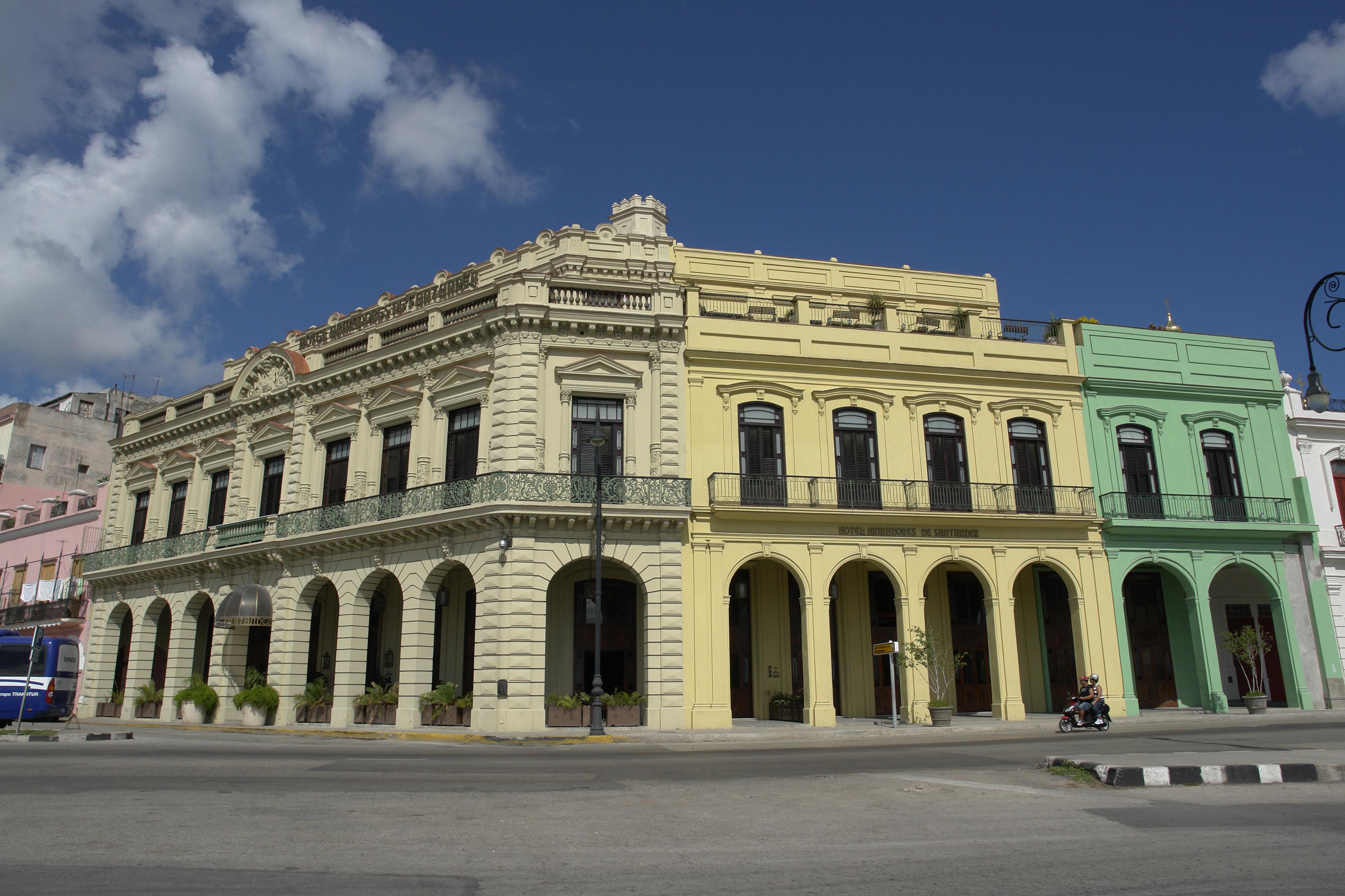 Armadores de Santander Boutique, Centro Habana