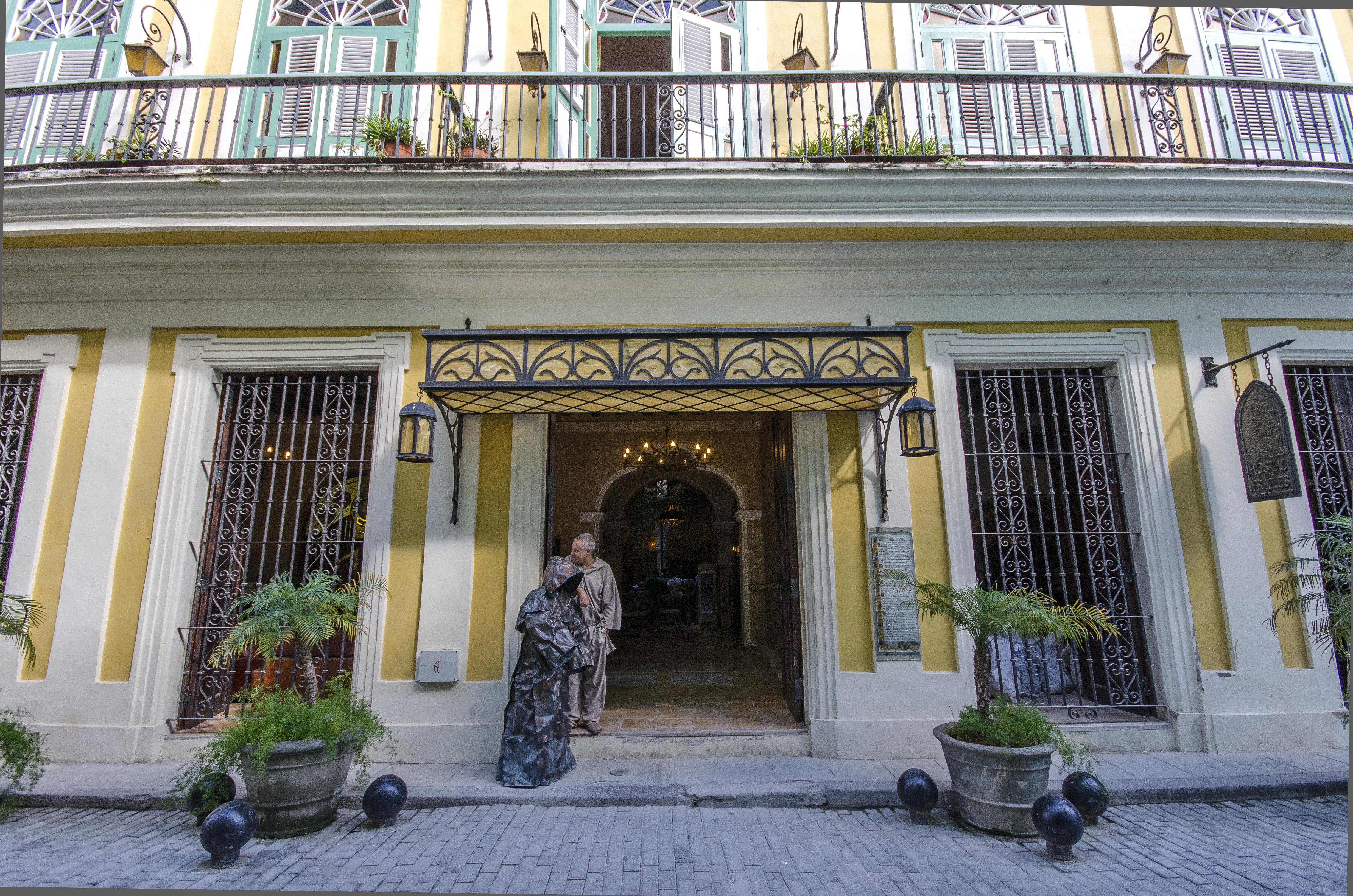 Los Frailes, Centro Habana