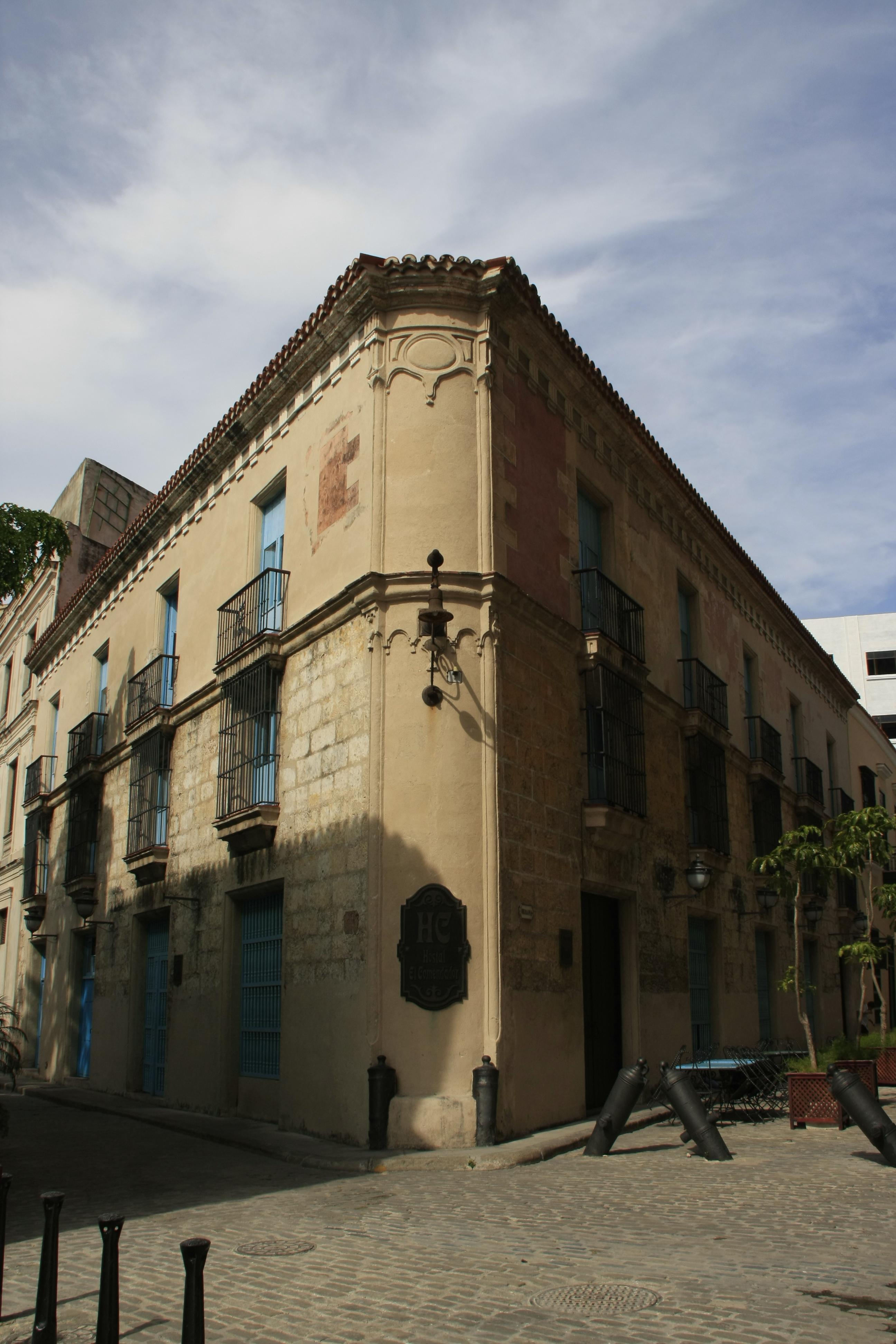 El Comendador, Centro Habana