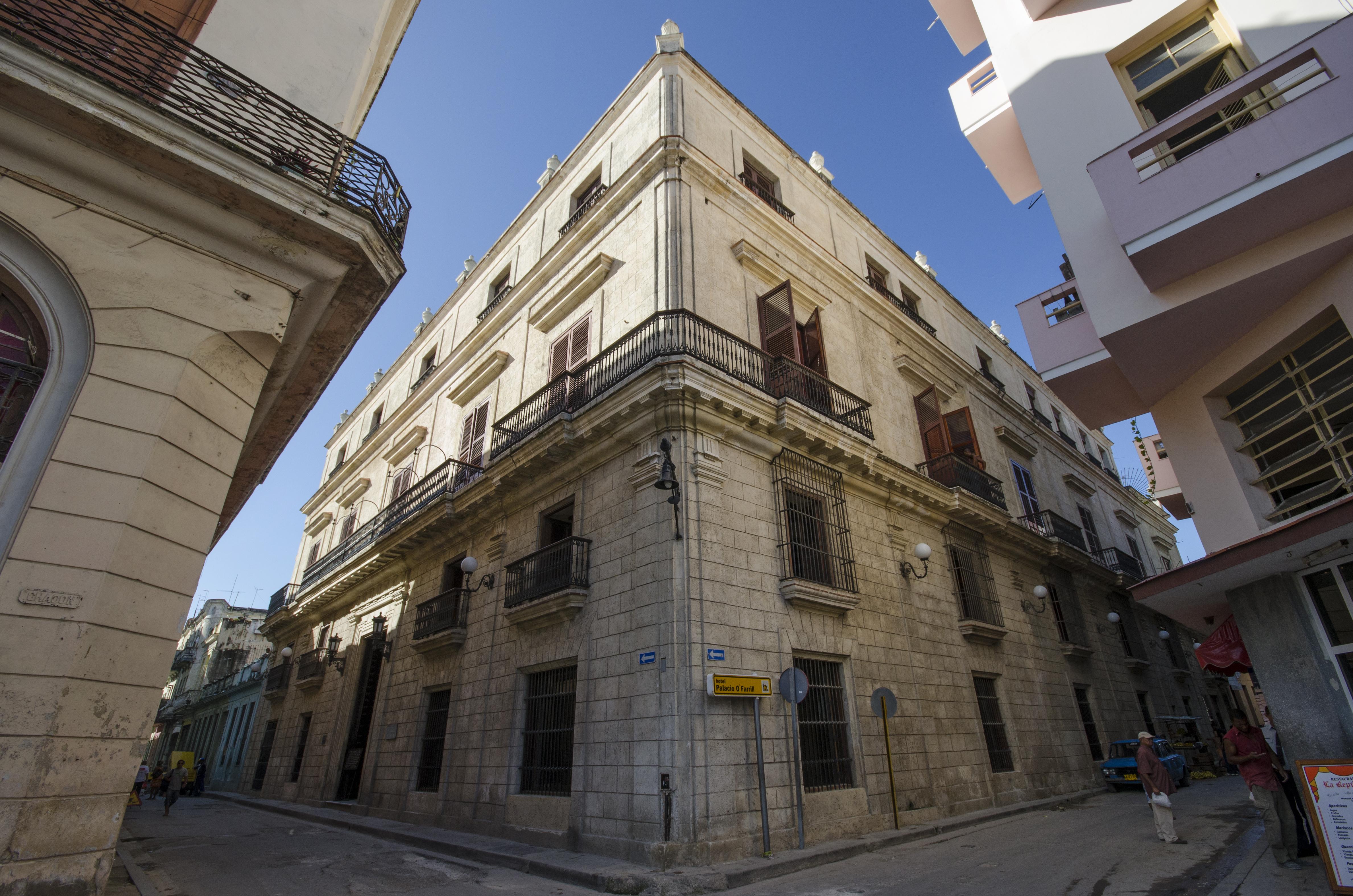 Palacio O'Farrill Boutique, Centro Habana