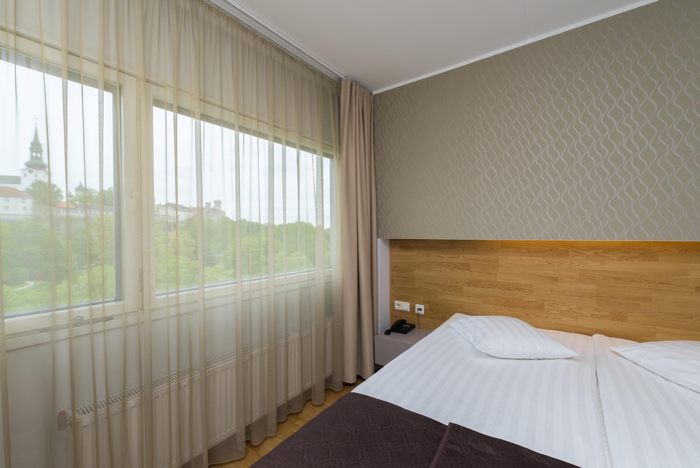 Go-Hotel-Shnelli