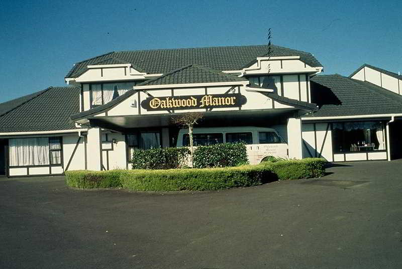 Oakwood Manor, Manukau