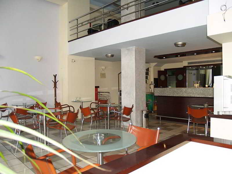 Glaros Hotel