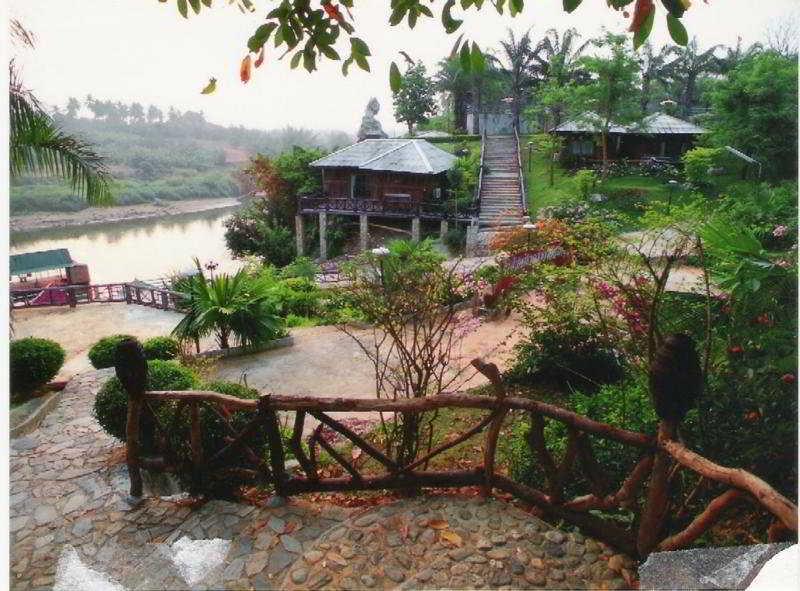 Sai Yok Country Resort & Spa, Sai Yok