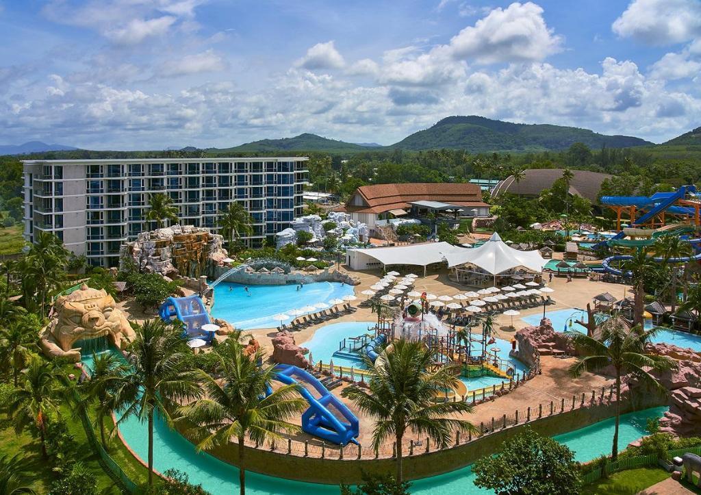 Grand West Sands Resort & Villas Phuket, Pulau Phuket