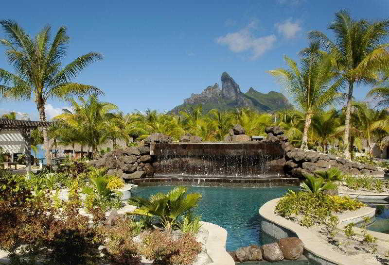The-St.-Regis-Bora-Bora-Resort