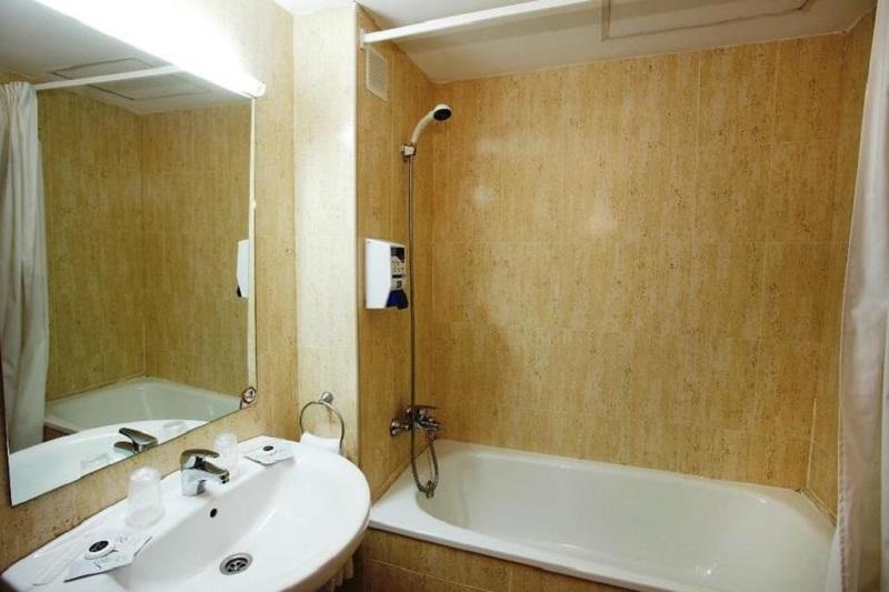 Hotel Bàsic Sercotel