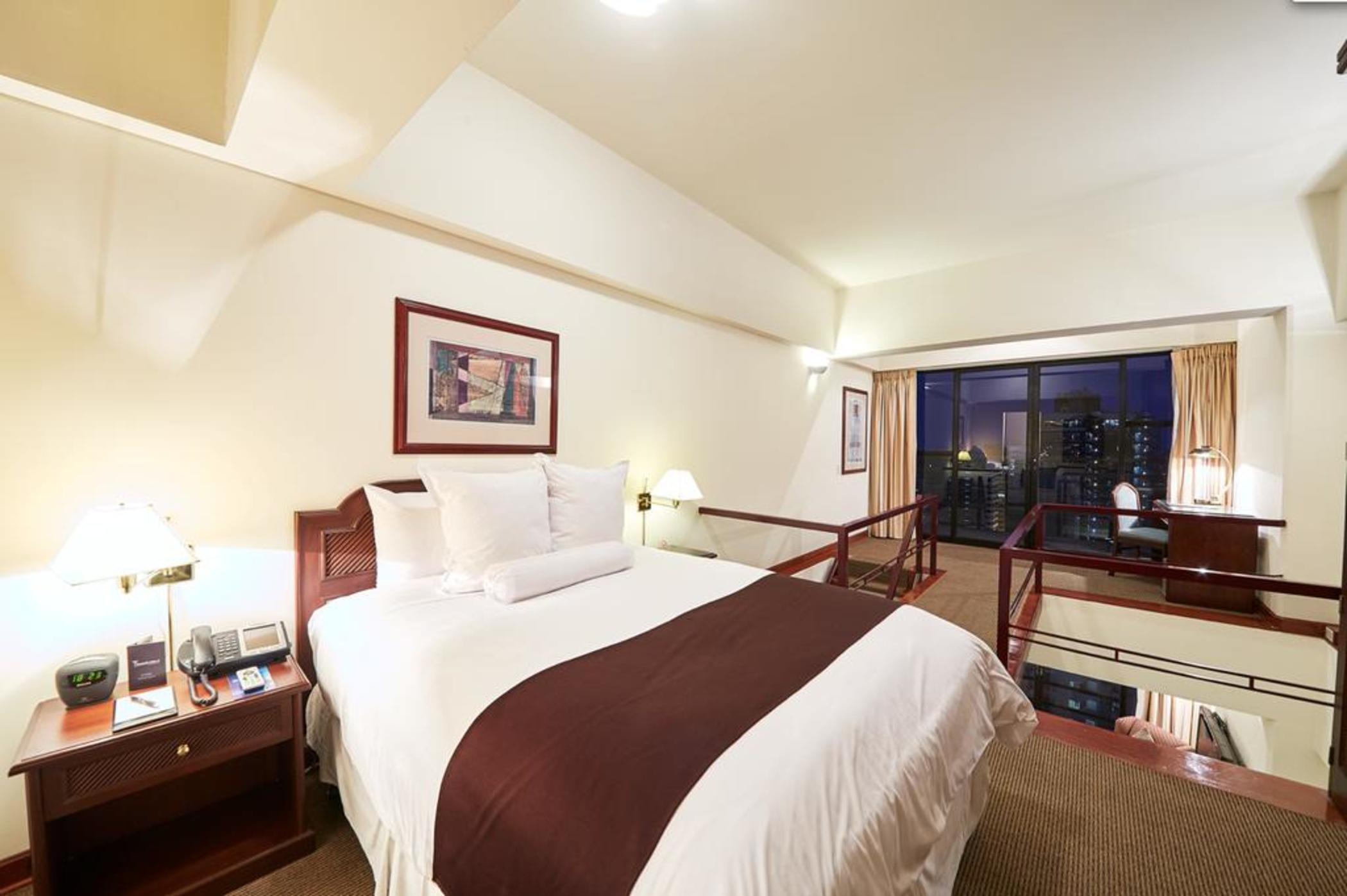 Thunderbird-Fiesta-Hotel--and--Casino