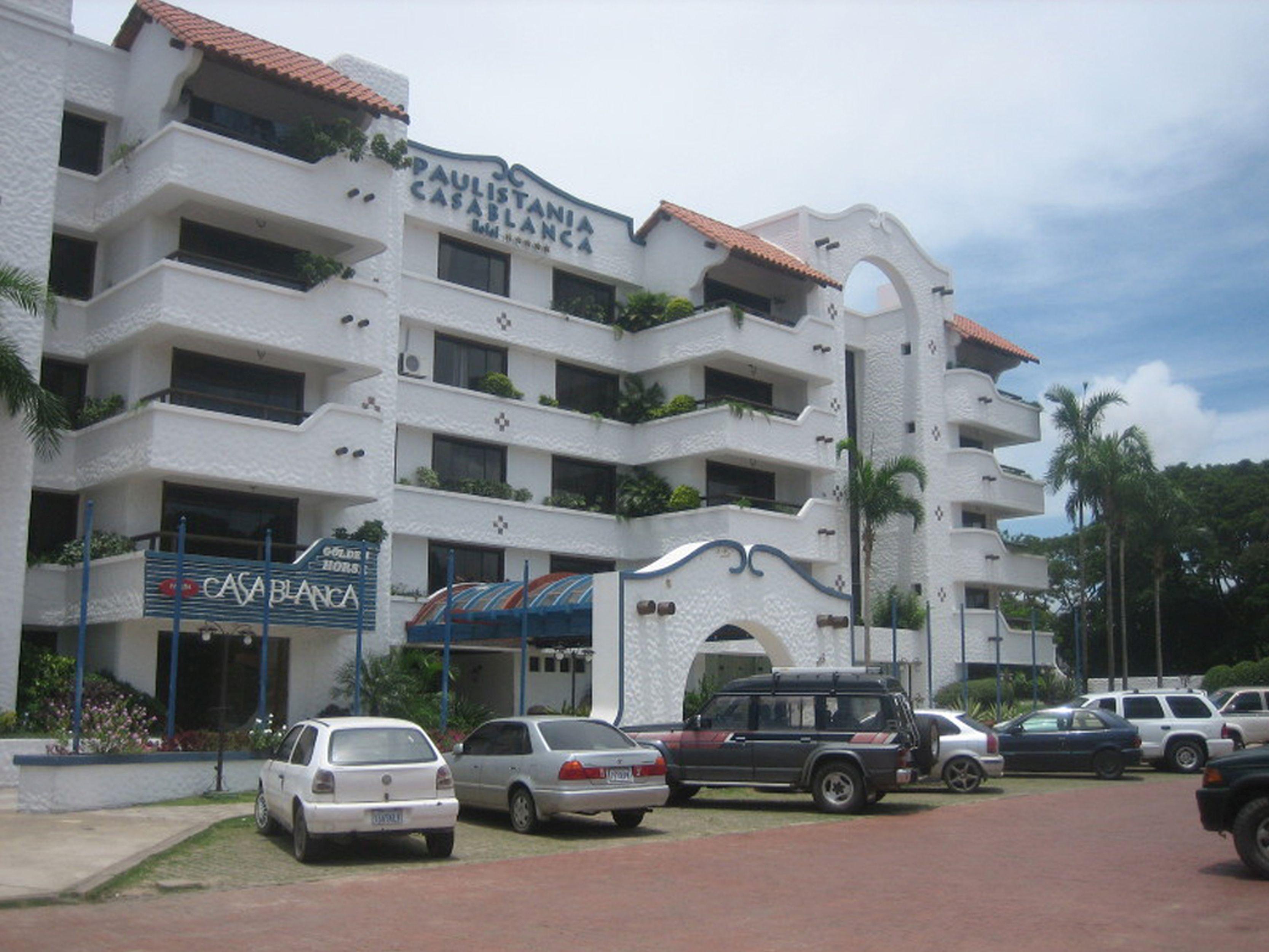 Casa Blanca Hotel, Andrés Ibáñez