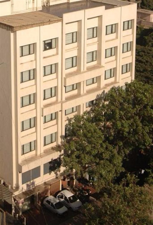 The Legend Hotel, Mumbai Suburban