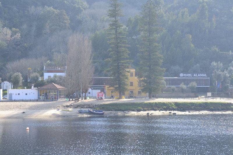 Almaral River Club, Gavião