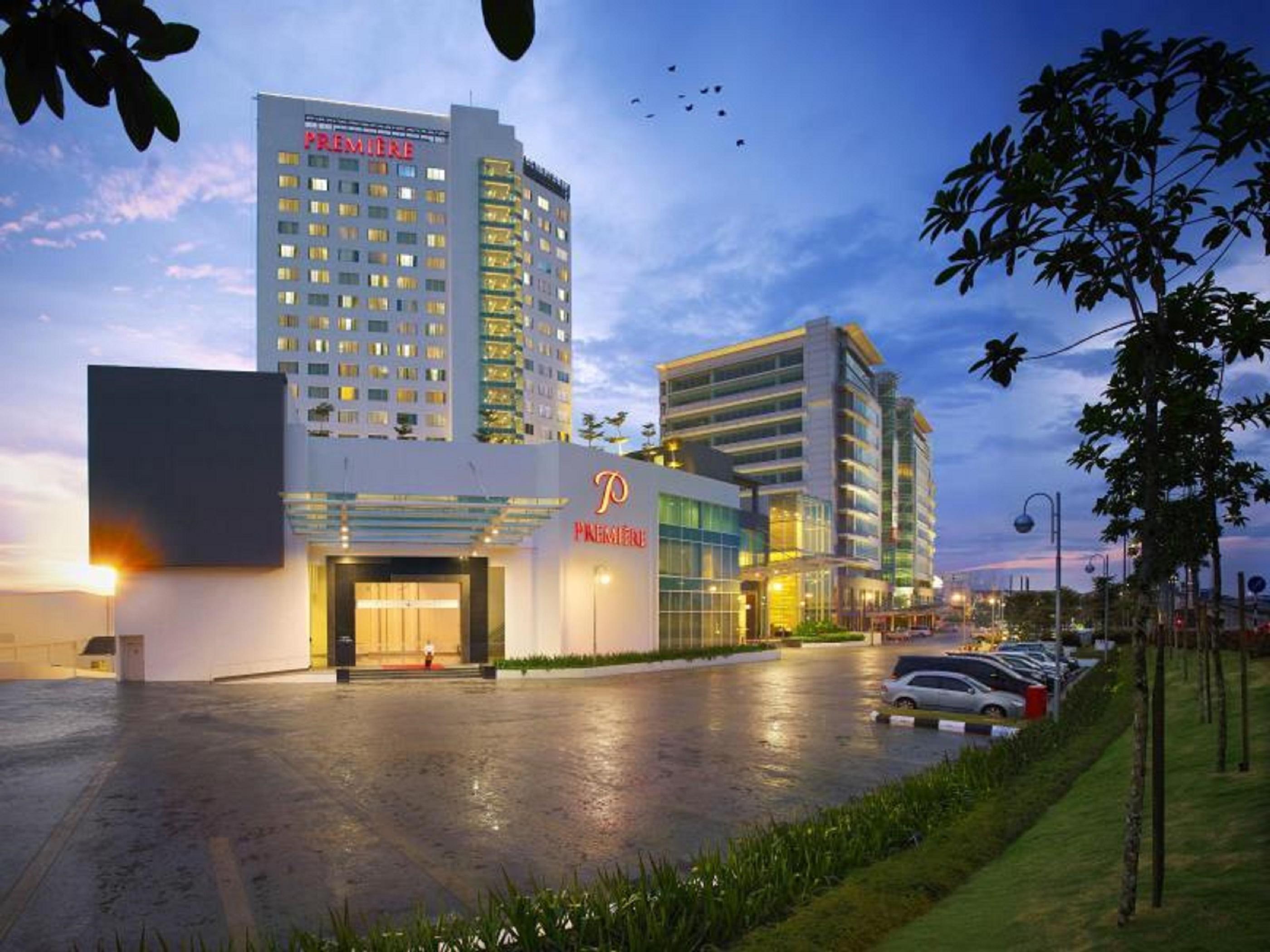Première Hotel, Klang