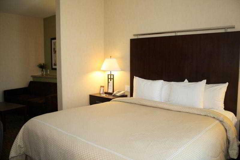 Comfort Suites, Solano